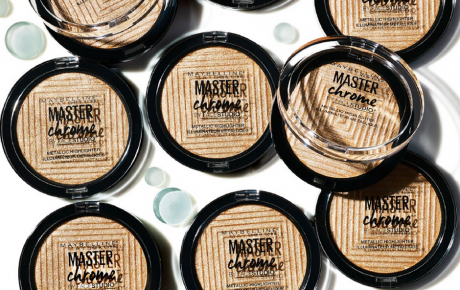 Master Chrome Maybelline